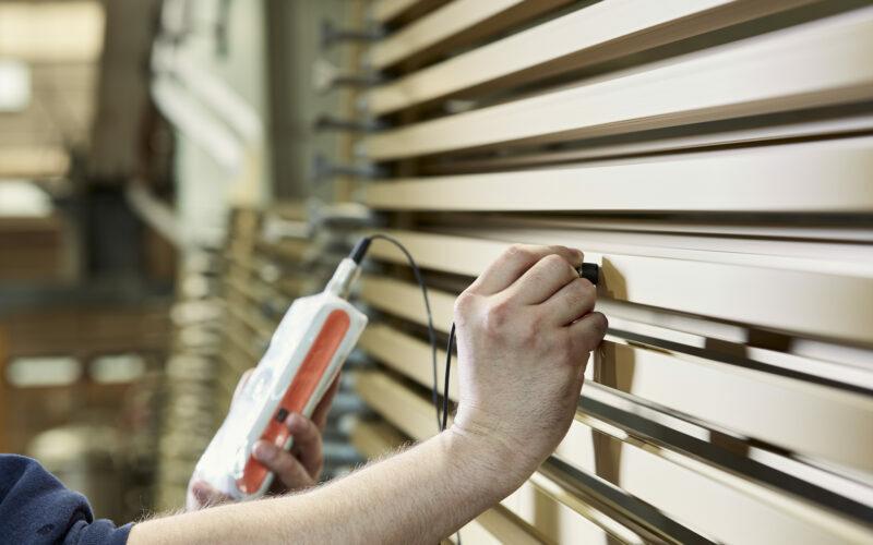 Na anodiseren is het materiaal beter bestand tegen corrosie